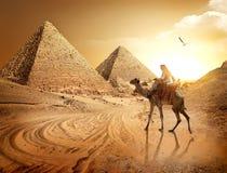 Strada alle piramidi Immagini Stock Libere da Diritti