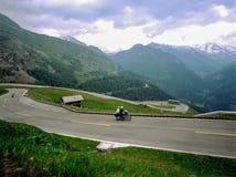 Strada in alpi Fotografia Stock