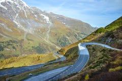 Strada alpina nelle montagne delle alpi Sosta nazionale di Hohe Tauern Fotografia Stock Libera da Diritti
