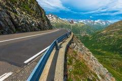 Strada alpina svizzera Fotografia Stock Libera da Diritti