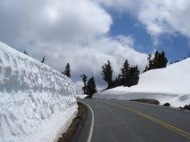 Strada attraverso il lago NP crater Fotografia Stock
