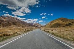 Strada attraverso il passo di montagna Fotografia Stock