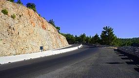 Strada attraverso le montagne Fotografia Stock