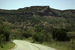 Strada attraverso Palo Duro Canyon fotografia stock