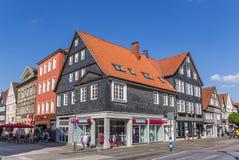 Strada dei negozi nel centro storico di Detmold immagini stock