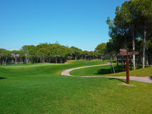 Strada del campo da golf in Turchia Immagini Stock