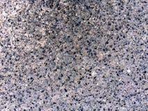 Strada del cemento con le piccole pietre fotografie stock libere da diritti