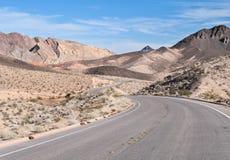 Strada del deserto, il Lago Mead, Nevada Immagini Stock