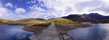 Strada del lago immagine stock