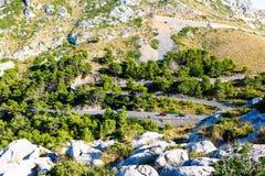 Strada del Sa Calobra, una delle strade più sceniche, più pericolose e spettacolari nel mondo, famoso per i giri di fino a 360 Fotografia Stock