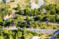 Strada del Sa Calobra, una delle strade più sceniche, più pericolose e spettacolari nel mondo, famoso per i giri di fino a 360 Immagini Stock Libere da Diritti