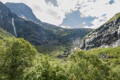 Strada del tracciato di Trollstigen in Norvegia Fotografie Stock