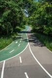 Strada della bicicletta nel parco immagini stock