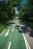 Strada della bicicletta nel parco fotografie stock libere da diritti