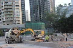 Strada della costruzione dei lavoratori a SHENZHEN Fotografia Stock Libera da Diritti