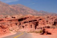 Strada della montagna a Cafayate fotografie stock