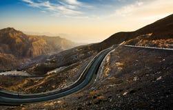 Strada della montagna di Jabal Jais al tramonto Il più alta montagna in Fotografie Stock Libere da Diritti
