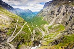Strada della montagna di Trollstigen del percorso dei troll in Norvegia Fotografia Stock Libera da Diritti