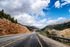 Strada della strada principale nell'alta montagna Fotografia Stock Libera da Diritti