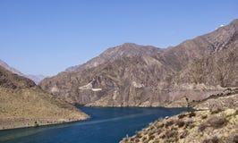 Strada di BiÅ¡kek - Oš nel Kirghizistan, Naryn Immagini Stock Libere da Diritti