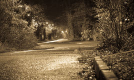 Strada di notte fotografie stock