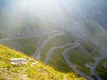 Strada di Transfagarasan la strada più bella in Romania fotografia stock libera da diritti