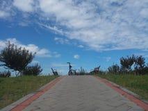 Strada e cielo blu Fotografia Stock