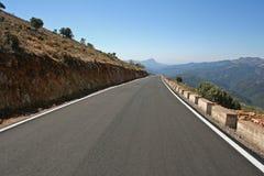 Strada fra le montagne Fotografia Stock Libera da Diritti