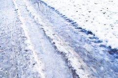 Strada ghiacciata sdrucciolevole di inverno Fotografie Stock