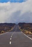 Strada lunga di modo sul parco nazionale vulcan di EL Teide in Tenerife Fotografia Stock Libera da Diritti
