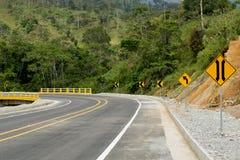 Strada moderna nelle Ande fotografia stock libera da diritti