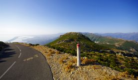 Strada nel capo della Corsica Immagini Stock Libere da Diritti