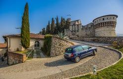 Strada nel castello di Cidneo Fotografie Stock