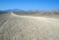 Strada nel deserto di Atacama immagini stock