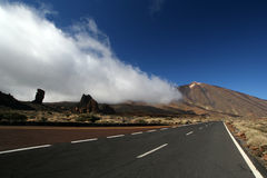 Strada nella sosta di Tenerife Teide Fotografie Stock Libere da Diritti