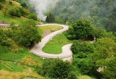Strada nelle alpi di Carnic vicino a Paularo 3 Fotografia Stock