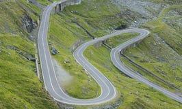 Strada nelle montagne fotografie stock