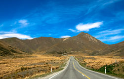 Strada nelle montagne fotografie stock libere da diritti