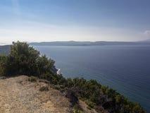 Strada non asfaltata su Skiathos, Grecia immagini stock