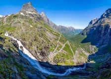 Strada norvegese della montagna Trollstigen Fotografie Stock Libere da Diritti