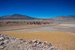 Strada a Paso de Jama nel Cile del nord Fotografia Stock