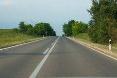 Strada per gli autoveicoli in natura fotografia stock libera da diritti