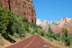 Strada principale 9 dell'Utah in Zion Fotografia Stock Libera da Diritti