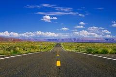 Strada principale del deserto Fotografie Stock Libere da Diritti