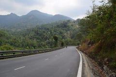 Strada principale del passo di montagna di Bao Loc nel Vietnam Immagine Stock Libera da Diritti