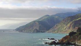 Strada principale della Costa del Pacifico video d archivio