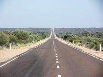 Strada principale dello Stuart, paese del deserto, Australia del sud fotografia stock