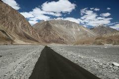 Strada principale di Ladakh Fotografia Stock Libera da Diritti
