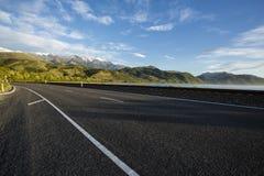 Strada principale di stato di Kaikoura, NZ Fotografia Stock