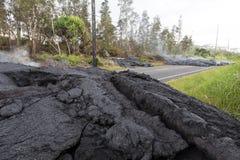 Strada principale in Hawai, che si sono distrutte tramite un flusso di lava Immagine Stock Libera da Diritti